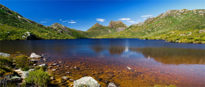 Famous mountain in Tasmania