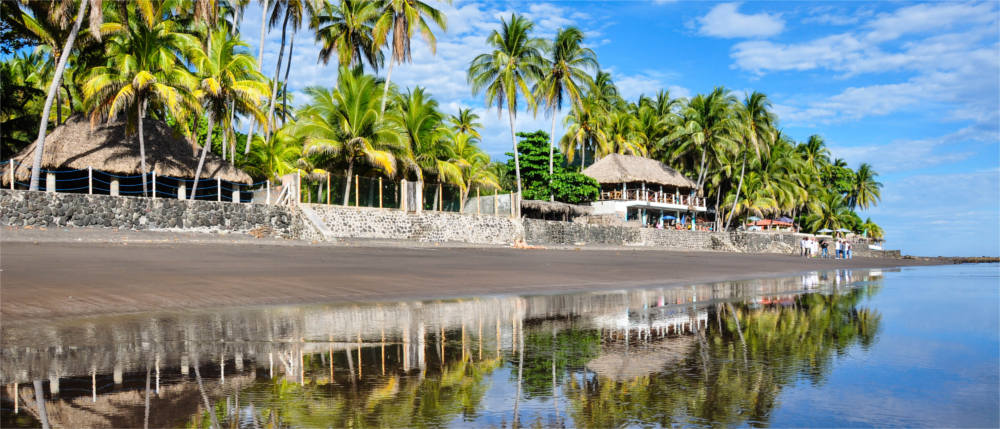 El Salvador's beaches