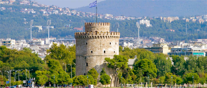 The Greek city of Thessaloniki and its landmark