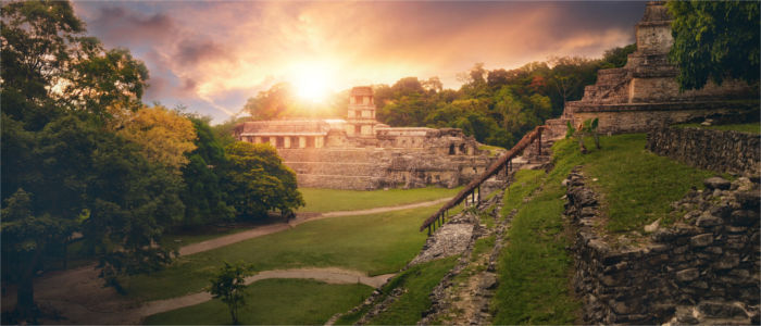 Mexican temple complexes of the Maya