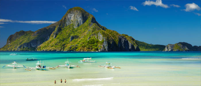 El Nido Bay in the Philippines