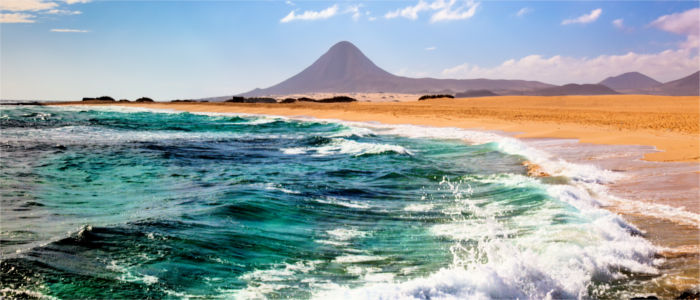 Beach and mountain on Fuerteventura