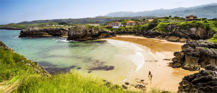 Beach and coat of Asturias
